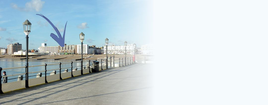 Short Stay Apartment on the Seafront at Worthing